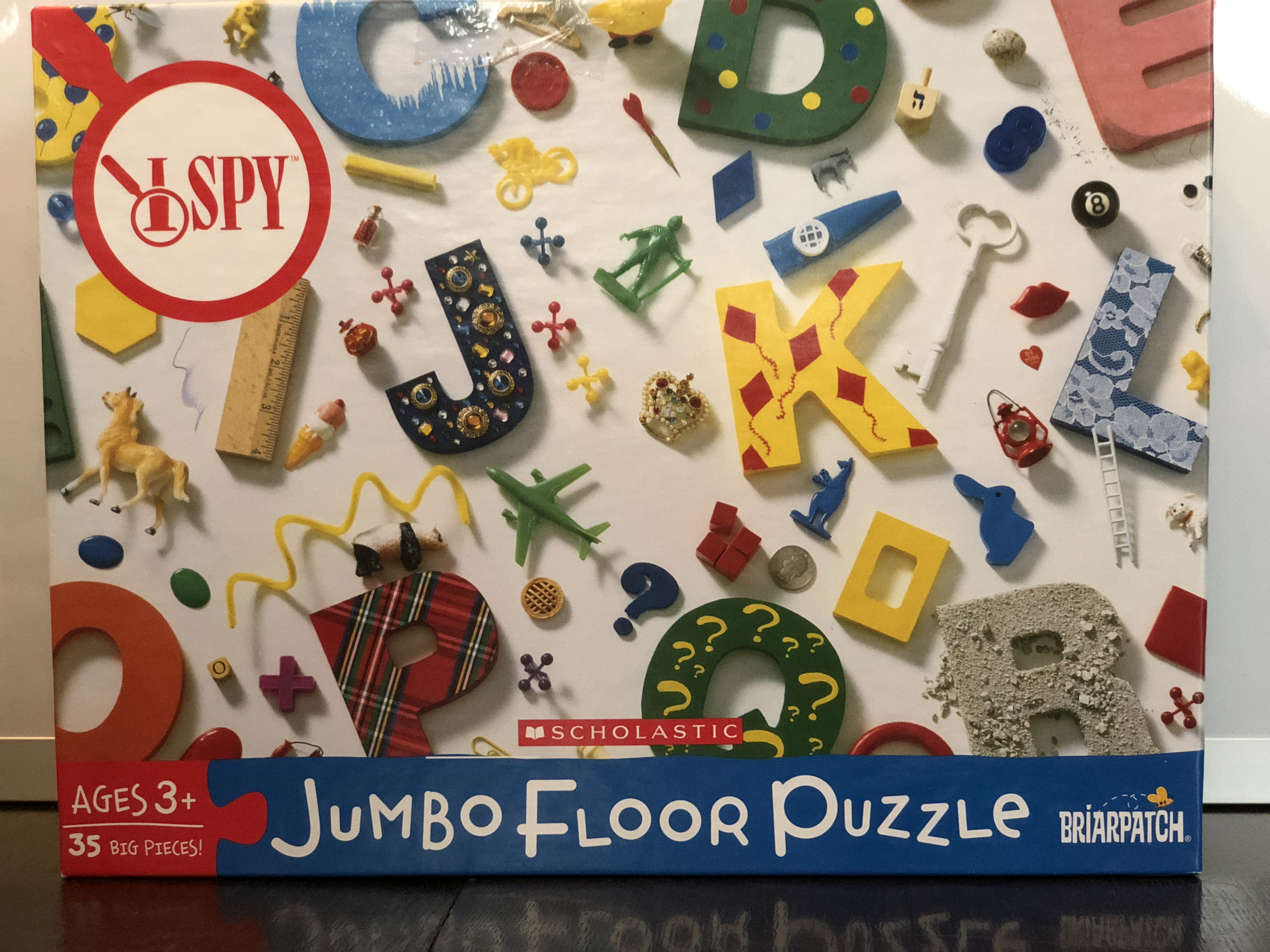 Virtual puzzles: to collect or not to collect